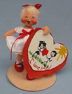 "Annalee 7"" Sweetheart Girl Holding Valentine - Winking - Near Mint - 039094wa"