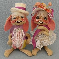 "Annalee 5"" E.P. Boy & Girl Bunny - Mint - 0520-0525-84"