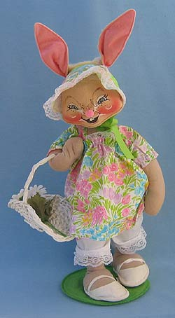 """Annalee 18"""" E.P. Girl Bunny with Basket - Near Mint / Excellent - 071091"""