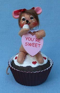 """Annalee 3"""" Sweet Treat Mouse on Cupcake - Mint - 100011"""