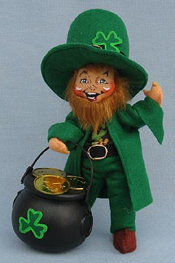 "Annalee 7"" Leprechaun's Cauldron of Gold Coins 2017 - Mint - 150717"