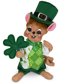 "Annalee 6"" Irish Boy Mouse Holding Shamrock 2020 - Mint - 160520"
