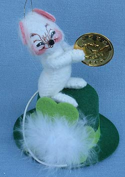 """Annalee 3"""" Lucky Irish Mouse Ornament Holding Coin - Mint - 170402sq"""