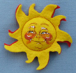 """Annalee 3"""" Sunshine Pin with Red Backing- Mint - 181090ox"""