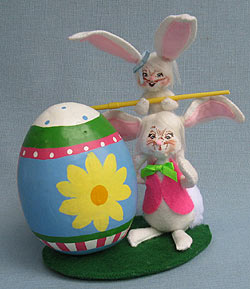 """Annalee 5"""" Painting Pals Bunnies with Egg 2013 - Mint - 200413"""