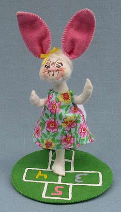 "Annalee 5"" Hopscotch Girl Bunny 2014 - Mint - 200714"