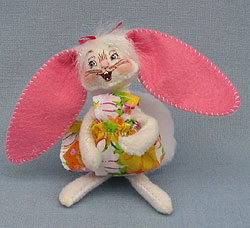 """Annalee 5"""" Sweet Treats Bunny - Excellent - 200911a"""