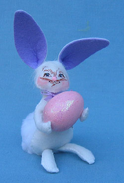"""Annalee 5"""" Easter Bunny with Pink Egg - Mint - 201108"""