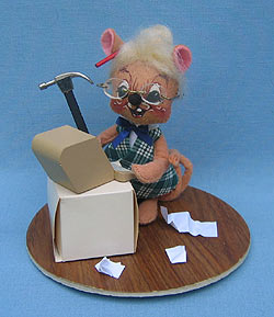 """Annalee 7"""" Secretary Mouse with Computer - Mint / Near Mint - 201291"""