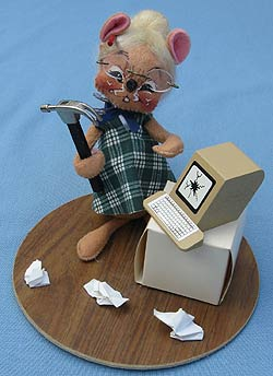 """Annalee 7"""" Secretary Mouse with Computer - Mint / Near Mint - 201291sq"""