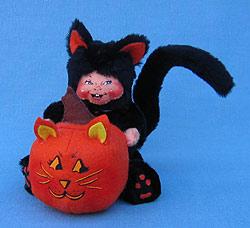 """Annalee 6"""" Trick or Treat Black Cat Kid with Pumpkin - Mint - 202007"""