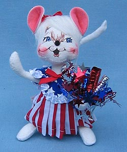 "Annalee 7"" Patriotic Girl Mouse - Mint - 203303ooh"