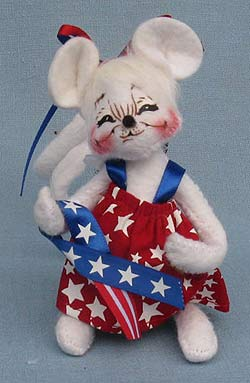 """Annalee 4"""" Patriotic Girl Mouse - Mint - 204106sq"""