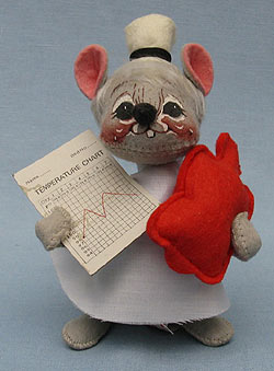"""Annalee 7"""" Nurse Mouse - Excellent / Very Good - 207585oxta"""