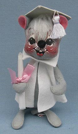 "Annalee 7"" Graduation Mouse in White - Mint / Near Mint - 209580"