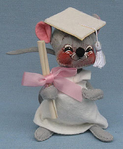 "Annalee 7"" Graduation Mouse in White - Mint / Near Mint - 209580sq"