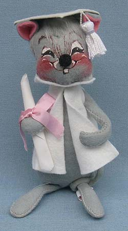 """Annalee 7"""" Graduation Mouse in White - Mint / Near Mint - 209580sqxt"""