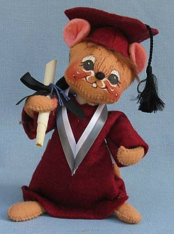 "Annalee 7"" Graduation Mouse in Maroon - Mint - 210594oxt"