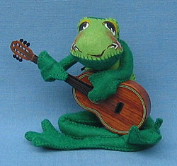 """Annalee 10"""" Frog with Wooden Guitar - Mint - 240487g"""