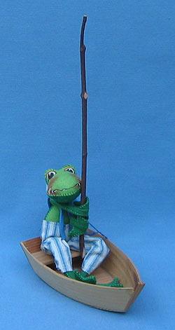 "Annalee 10"" Frog in Boat - Mint - 240893"