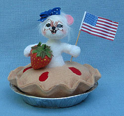 """Annalee 3"""" Patriotic Sweet Berry Pie Mouse - Mint - 250112"""