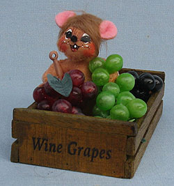"Annalee 3"" Grape Crate Mouse 2017 - Mint - 251717"