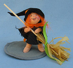 """Annalee 3"""" Witch Kid with Broom - Mint / Near Mint - 300495"""