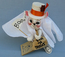 "Annalee 7"" Ghost Mouse Holding Booooo Flag - Mint - 306093bew"