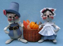 "Annalee 7"" Blue Pilgrim Mice with Basket - Mint - 307493"