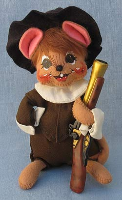 """Annalee 6"""" Pilgrim Boy Mouse with Musket - Mint - 307703"""