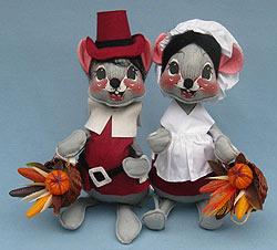 "Annalee 12"" Cranberry Pilgrim Boy & Girl Mice - Mint - 3080-3075-81"