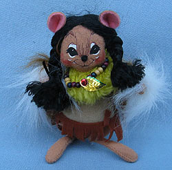 """Annalee 6"""" Indian Girl Mouse with Bead Necklace - Near Mint - 308504ox"""