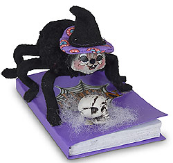 """Annalee 4"""" Spooky Spider on Book 2020 - Mint - 310320"""
