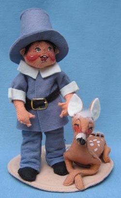"Annalee 7"" Blue Pilgrim Boy with Fawn - Mint / Near Mint - 315993"