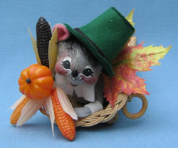 "Annalee 7"" Pilgrim Mouse in Cornucopia with Green Hat - Mint / Near Mint - 317292"