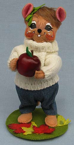 """Annalee 6"""" Apple Picking Girl Mouse 2016 - Mint - 350516"""