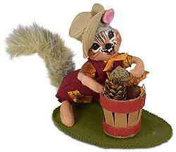 """Annalee 6"""" Harvest Chipmunk with Basket 2020 - Mint - 361420"""