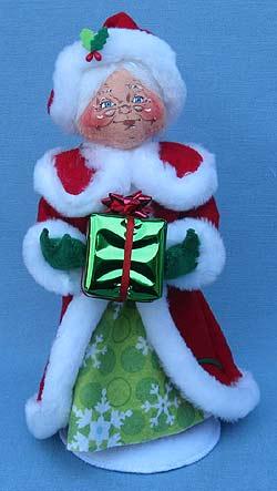 "Annalee 9"" Snowflake Mrs Santa - Mint - 400412"