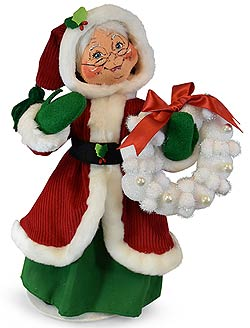 "Annalee 13"" Traditional Mrs Santa 2019 with Snowball Wreath - Mint - 410719"