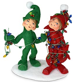 """Annalee 5"""" Tied Up In Lights Elves 2021 - Mint - 511421"""