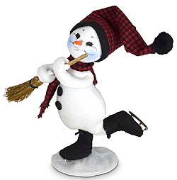 "Annalee 9"" Winter Woods Skating Snowman 2021 - Mint - 560121"