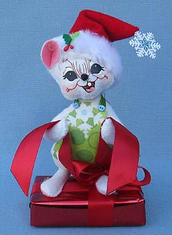 """Annalee 6"""" Snowflake Mouse on Gift Box - Mint - 600612"""