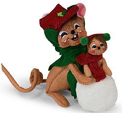 """Annalee 6"""" Snow Fun Couple with Snowball 2019 - Mint - 610719"""