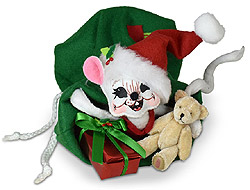 """Annalee 6"""" Very Merry Mouse in Santa's Bag with Teddy Bear 2020 - Mint - 611220"""