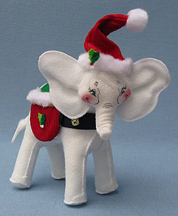 "Annalee 7"" Classic Christmas Elephant - Mint - 750709"