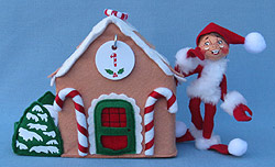 Annalee Gingerbread House Countdown with Elf - Mint - 800012
