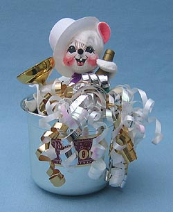 """Annalee 7"""" Millennium - Celebration - New Years Mouse - Mint - Signed - 820699sck"""