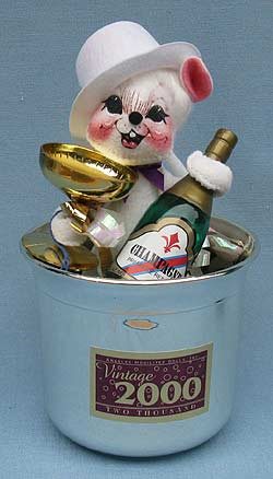 """Annalee 7"""" Millennium - Celebration -  New Years Mouse - Mint - 820699s"""
