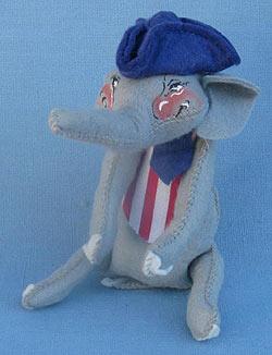 """Annalee 8"""" Vote 76 Patriotic Elephant with Pony Tail -  Near Mint  - A310-76pony"""