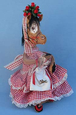 """Annalee 18"""" Kentucky Derby Girl Horse - Near Mint - H78-72"""